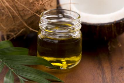 Coconut oil for reducing wrinkles